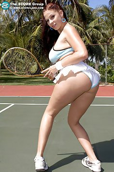 Gianna Michaels In this sexy Tennis Themes Outdoor Nude Set