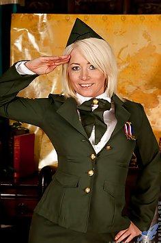 Amber Jewell Military Masturbation