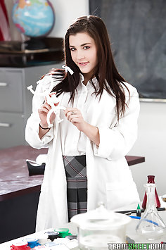 Jenna Reid Passes Chemistry