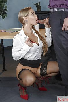 Nicole Aniston Stocking Wearing Cock SUcker