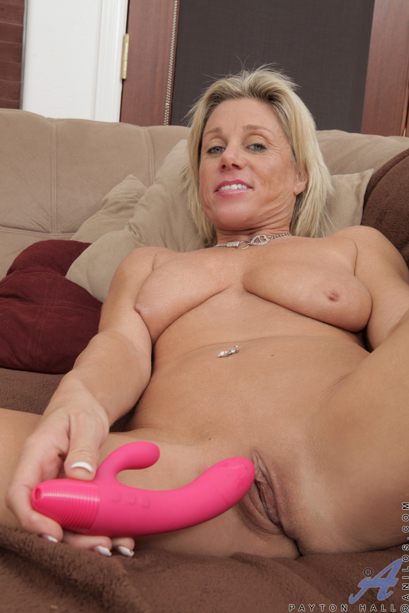 image Avril hall seduces her friends husband