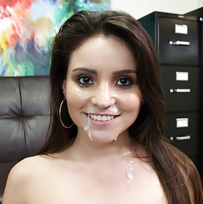 First Time Fuck For Petite Latina Cutie
