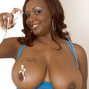 Simone Lee Huge Tits