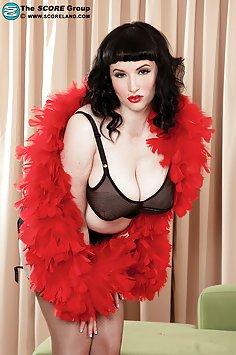Big Boob Babe Jenna Valentine