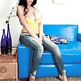 Killing Hot In Her Jeans - image