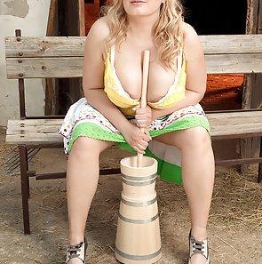 Dairy Queen with Massive Milkers