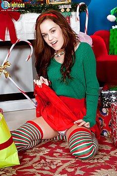 Trinity Rae Christmas Cunny