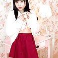 Stunning Japanese Girl Yui Kawagoe - image