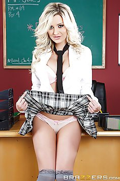 Sienna Day Fucks The Teacher