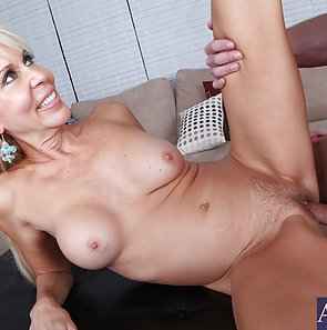 Hot MILF Erica Lauren Needs Cock Now