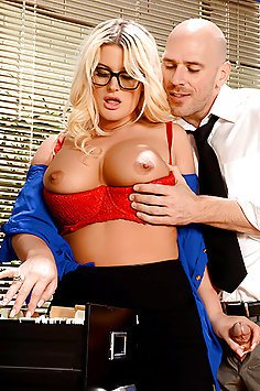 Blond Bimbo Fucked At the Office