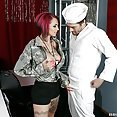 Extreme Hotness With Anna Bell Peaks - image