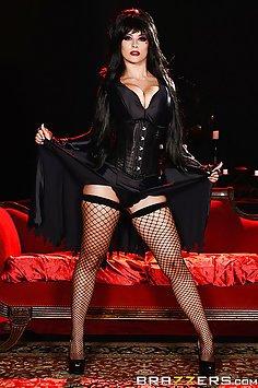 Katrina Jade Does Elvira