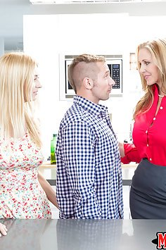 Julia Ann and Natalie Starr in Moms Bang Teens