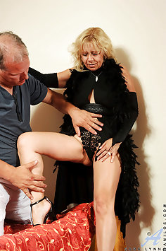 Hot Gougar Sabrina West Gets Laid