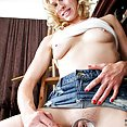 Drilldo Sexy Toy Banging Her MILF Pussy - image