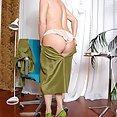 Alexandra Silk Gets Herself Off - image 2