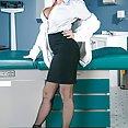 Dr Veronica Avluv M.I.L.F - image