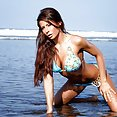 Stunningly Hot Madison Ivy - image
