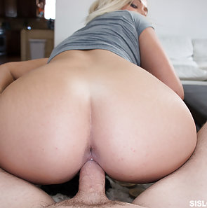 Kenzee Fucks Her Step Brother
