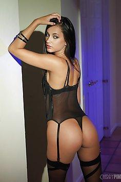 Sexy Ass Georgia Jones