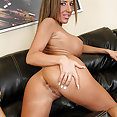 Richelle Ryan fucks herself hard with a glass dildo - image