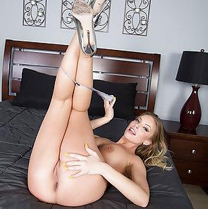 Pornstar Britney Amber Totally Fucked