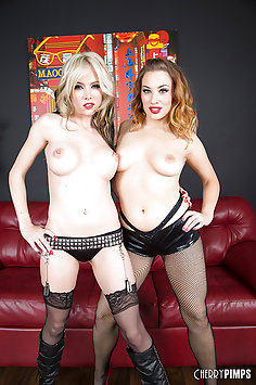 Pornstars Jessica Ryan and Jeanie Marie