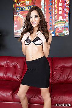 Pornstar Chloe Amour Livecam