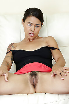 Pornstar Dana Vespoli Spread and Horny