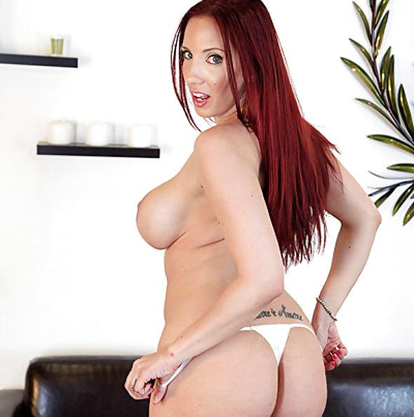 Pornstar Kelly Divine Glass Dildo Love