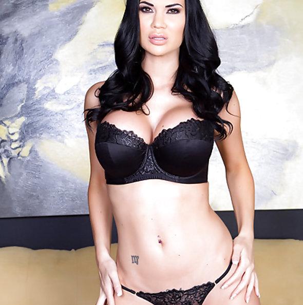 Exotic Jasmine Jae Solo