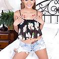 Latina Teen Josie Jagger - image