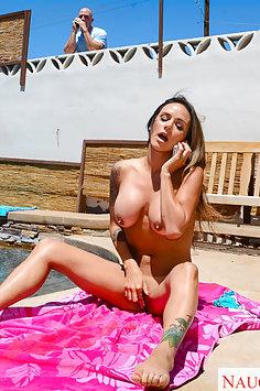 Nadia Styles Sunshine and Fucking
