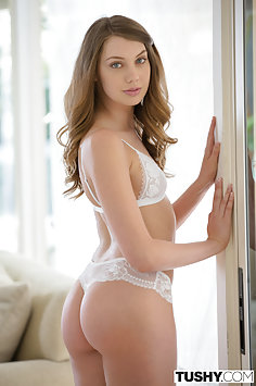 Elena Koshka Young Model Gives up Her Butt