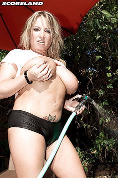 Rachel Love Wet and Naked