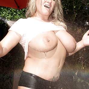Rachel Love Wet and Naked