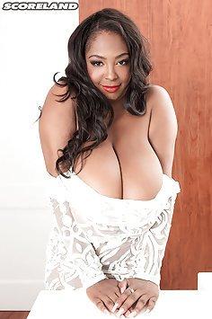Mega Busty Rachel Raxxx