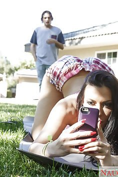 Rachel Starr Ass Selfie Turns To Fucking