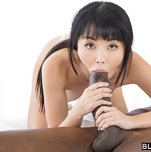 Japanese AV Star Gets Fucked By Big Black Cock