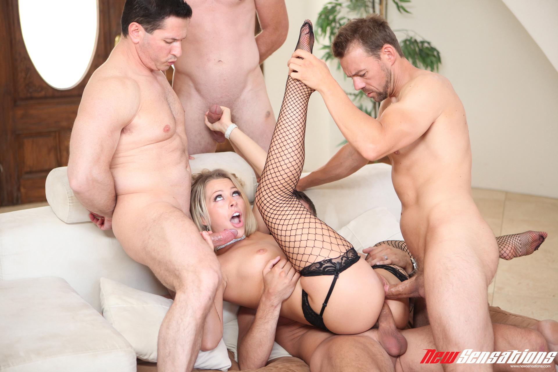 4 Porn Ganbang zoey monroe - 4 men and a little lady lynxxx xxx porn tgp
