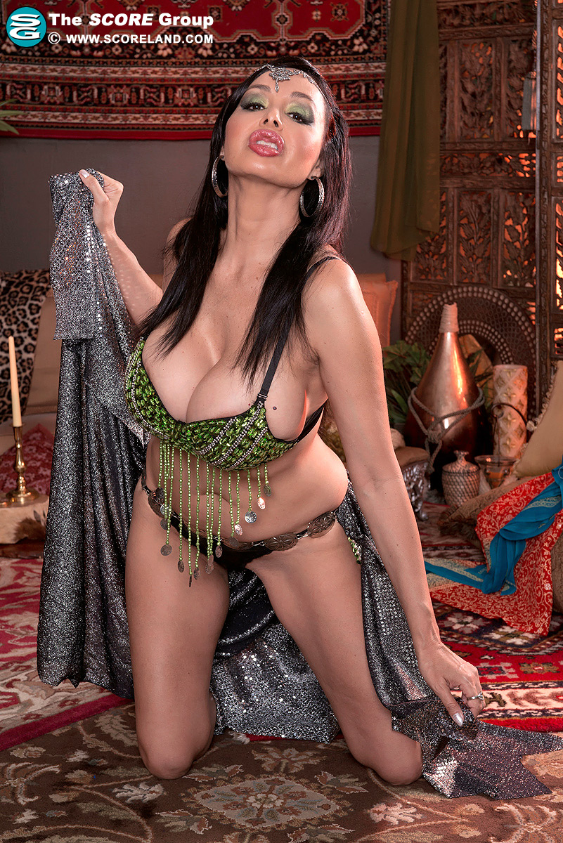 Belly dancer porn