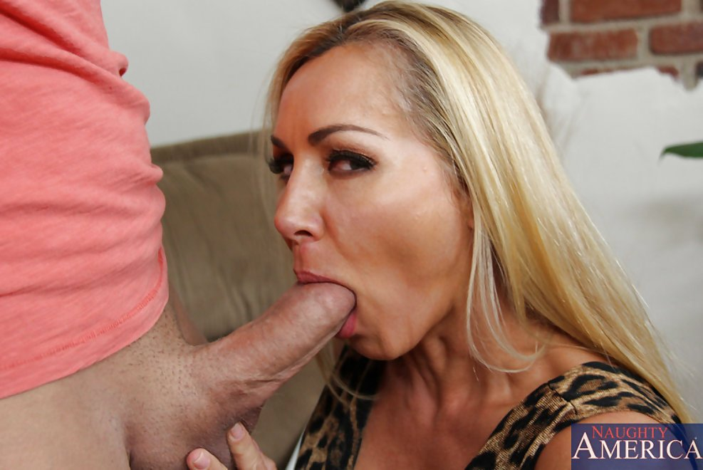 Son Fucks Stuck Stepmom